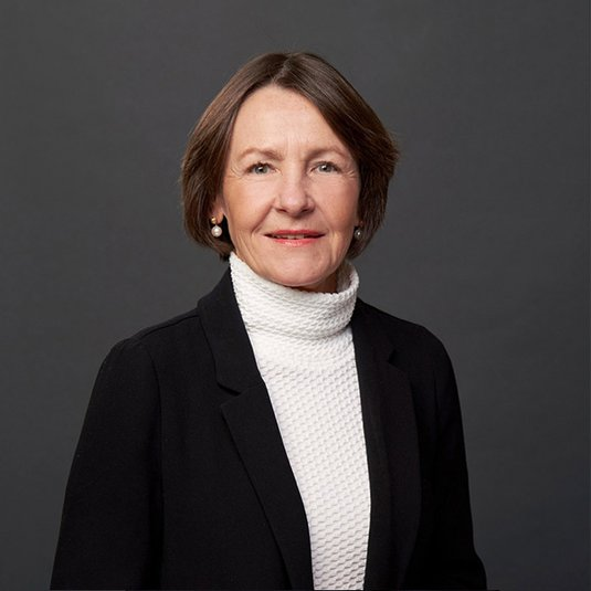 Dr. Bettina Volkens